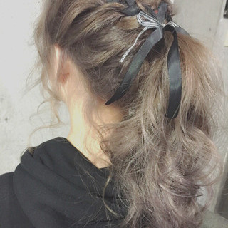 セミロング 簡単ヘアアレンジ ショート フェミニン ヘアスタイルや髪型の写真・画像