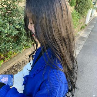 ナチュラル ブルーアッシュ 透明感カラー ブルージュ ヘアスタイルや髪型の写真・画像