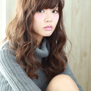 大人かわいい ガーリー モテ髪 外国人風 ヘアスタイルや髪型の写真・画像