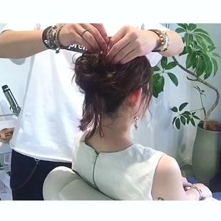 セミロング お団子 ルーズ ヘアアレンジ ヘアスタイルや髪型の写真・画像 ヘアスタイルや髪型の写真・画像
