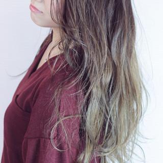 ロング 上品 ハイライト ゆるふわ ヘアスタイルや髪型の写真・画像