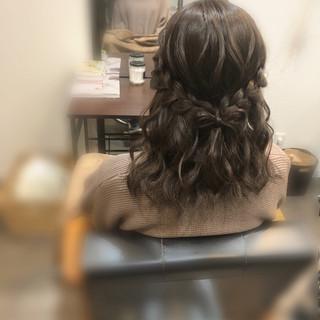 ガーリー 編み込み 編み込みヘア ミディアム ヘアスタイルや髪型の写真・画像 ヘアスタイルや髪型の写真・画像