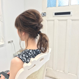ポニーテール ナチュラル ヘアアレンジ ミディアム ヘアスタイルや髪型の写真・画像 ヘアスタイルや髪型の写真・画像