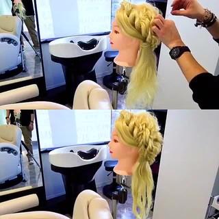 結婚式 ロープ編み ヘアアレンジ フェミニン ヘアスタイルや髪型の写真・画像