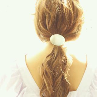 ローポニーテール ポニーテール ヘアアレンジ 簡単ヘアアレンジ ヘアスタイルや髪型の写真・画像 ヘアスタイルや髪型の写真・画像