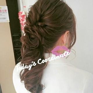 ヘアアレンジ フェミニン ロング 結婚式 ヘアスタイルや髪型の写真・画像 ヘアスタイルや髪型の写真・画像