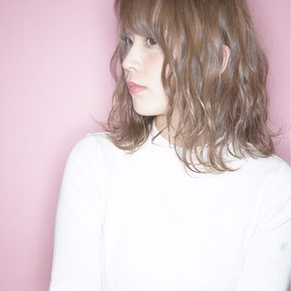 ゆるふわ ミディアム かわいい ガーリー ヘアスタイルや髪型の写真・画像