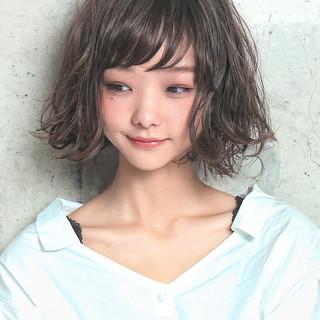 アンニュイほつれヘア ボブ ヘアアレンジ フェミニン ヘアスタイルや髪型の写真・画像