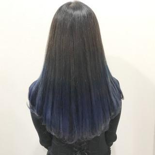 グラデーションカラー ロング ストリート 黒髪 ヘアスタイルや髪型の写真・画像