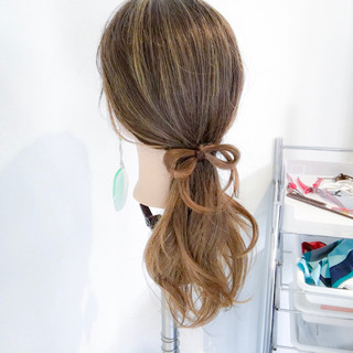 ポニーテール フェミニン デート 簡単ヘアアレンジ ヘアスタイルや髪型の写真・画像