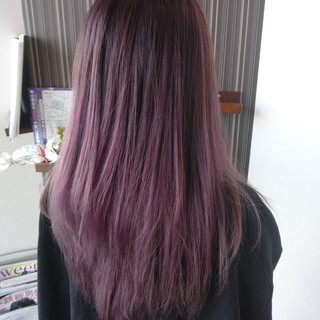 セミロング グラデーションカラー ラベンダー ラベンダーピンク ヘアスタイルや髪型の写真・画像