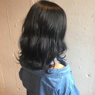ストリート デート ミディアム 抜け感 ヘアスタイルや髪型の写真・画像
