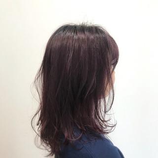 レッド フェミニン ピンク 透明感 ヘアスタイルや髪型の写真・画像