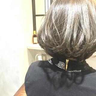 アッシュ ストリート ハイライト ボブ ヘアスタイルや髪型の写真・画像