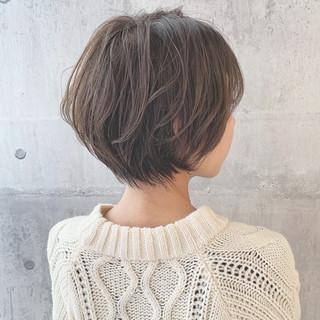 簡単ヘアアレンジ ナチュラル ショート ショートボブ ヘアスタイルや髪型の写真・画像