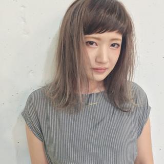 グラデーションカラー ミディアム くせ毛風 ピュア ヘアスタイルや髪型の写真・画像