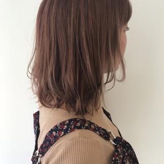 エフォートレス かわいい 外国人風 ミディアム ヘアスタイルや髪型の写真・画像