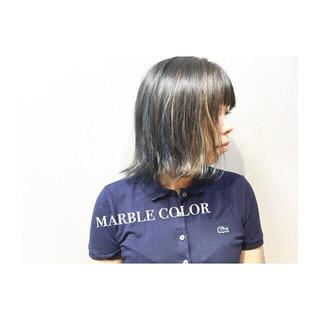 ボブ 色気 グレーアッシュ ブルー ヘアスタイルや髪型の写真・画像