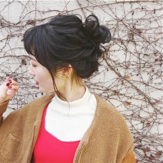 結婚式 ヘアアレンジ セミロング ガーリー ヘアスタイルや髪型の写真・画像