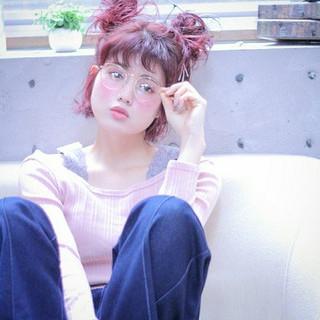 レッド ボブ ヘアアレンジ ピンク ヘアスタイルや髪型の写真・画像
