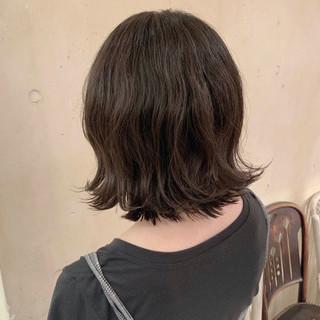 外ハネボブ 透明感カラー デジタルパーマ ゆるふわパーマ ヘアスタイルや髪型の写真・画像