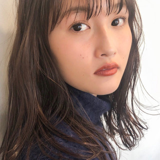 前髪 アンニュイほつれヘア ミディアム ナチュラル ヘアスタイルや髪型の写真・画像