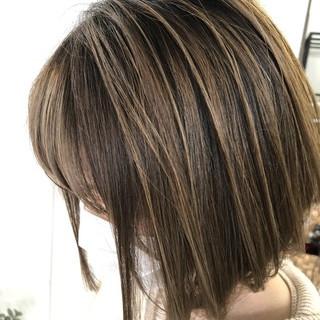 イルミナカラー ナチュラル ショート バレイヤージュ ヘアスタイルや髪型の写真・画像 | 【Peace 花堂】 hiro / hybrid salon peace by holistic&organic