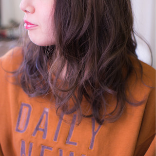 グレー ラベンダー グレージュ セミロング ヘアスタイルや髪型の写真・画像