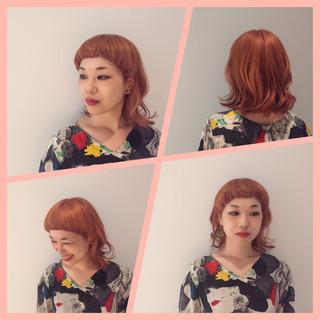 マッシュ ベージュ ショートバング 個性的 ヘアスタイルや髪型の写真・画像