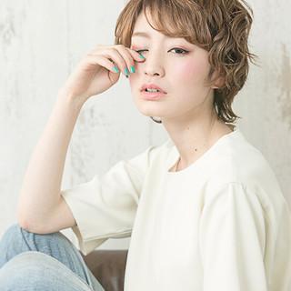外国人風 パーマ 小顔 ゆるふわ ヘアスタイルや髪型の写真・画像