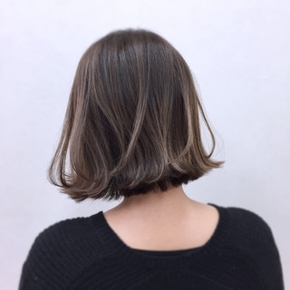 外ハネ ボブ ウェットヘア ガーリー ヘアスタイルや髪型の写真・画像