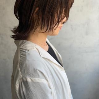 ミディアム くびれカール レイヤーカット 外ハネボブ ヘアスタイルや髪型の写真・画像