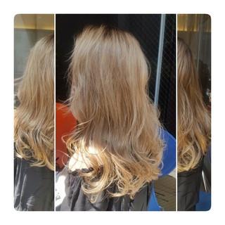 ウェーブ ロング アンニュイ ストリート ヘアスタイルや髪型の写真・画像