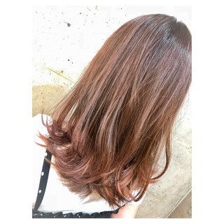 グラデーションカラー セミロング ストリート ウェーブ ヘアスタイルや髪型の写真・画像