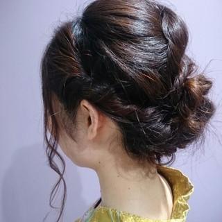 お団子 簡単ヘアアレンジ ヘアアレンジ 波ウェーブ ヘアスタイルや髪型の写真・画像