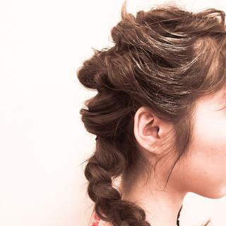 ミディアム ピュア ストリート ヘアアレンジ ヘアスタイルや髪型の写真・画像
