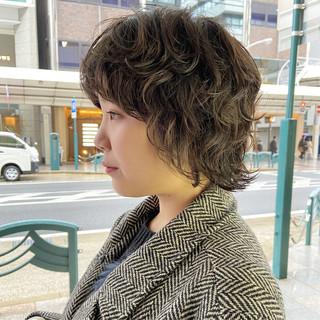 ナチュラルウルフ ウルフカット ショートヘア ナチュラル ヘアスタイルや髪型の写真・画像