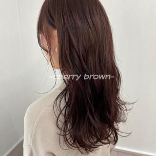 極細ハイライト ピンクブラウン 春ヘア フェミニン ヘアスタイルや髪型の写真・画像