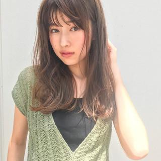 前髪あり 大人かわいい フェミニン 梅雨 ヘアスタイルや髪型の写真・画像