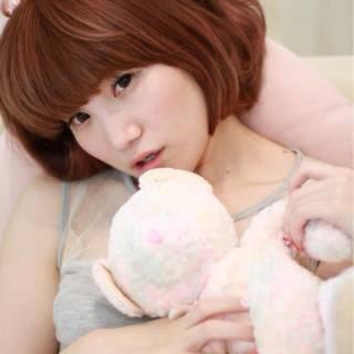 ピンク 春 前髪パッツン ワンカール ヘアスタイルや髪型の写真・画像