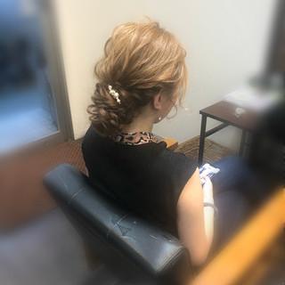 ヘアアレンジ アップ フェミニン ロング ヘアスタイルや髪型の写真・画像