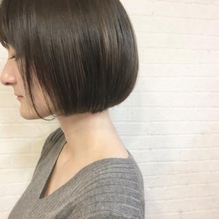 ラベンダー 色気 エレガント アッシュベージュ ヘアスタイルや髪型の写真・画像
