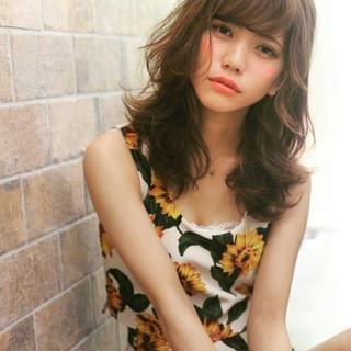 大人かわいい ストリート 外国人風 パーマ ヘアスタイルや髪型の写真・画像