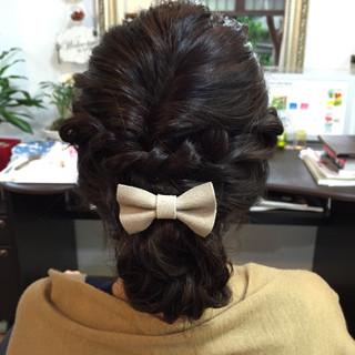 ミディアム ヘアアレンジ シニヨン 結婚式 ヘアスタイルや髪型の写真・画像