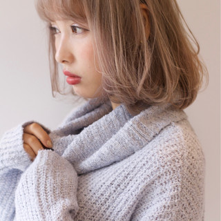 前髪あり ガーリー 外国人風 ホワイトアッシュ ヘアスタイルや髪型の写真・画像