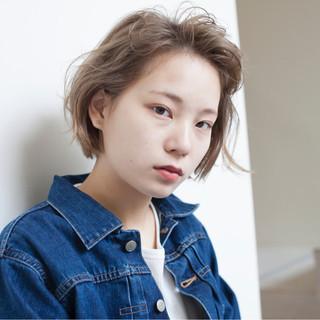 外国人風カラー 前髪あり アッシュ ストリート ヘアスタイルや髪型の写真・画像