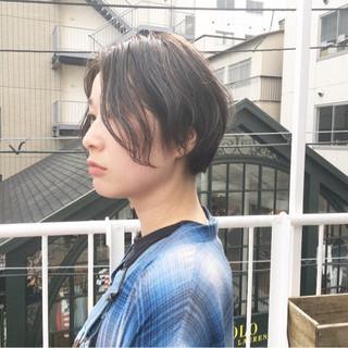 ラベンダーアッシュ ショート ストリート ラベンダーグレージュ ヘアスタイルや髪型の写真・画像