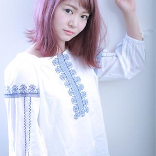 ガーリー ラベンダーピンク ダブルカラー 外国人風カラー ヘアスタイルや髪型の写真・画像