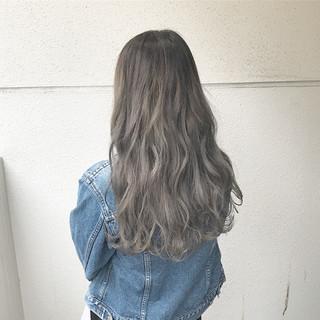 ブリーチ ハイトーン 外国人風 ダブルカラー ヘアスタイルや髪型の写真・画像