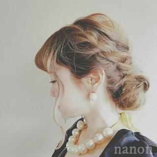 エレガント グレージュ 上品 外国人風 ヘアスタイルや髪型の写真・画像